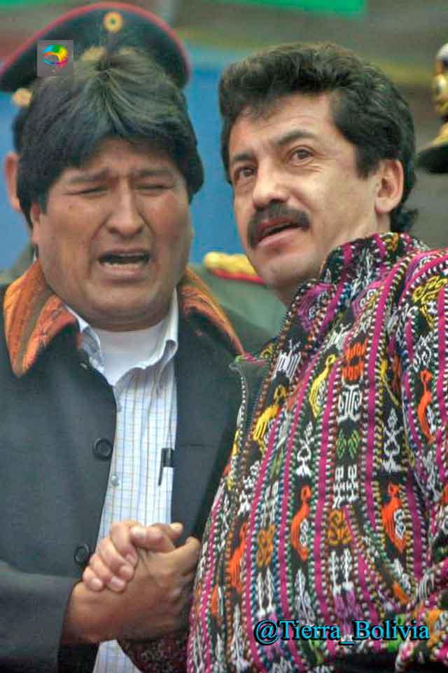 """Evo Morales acusa a su exvocero, Alex Contreras, de """"filtrar"""" información a la prensa"""