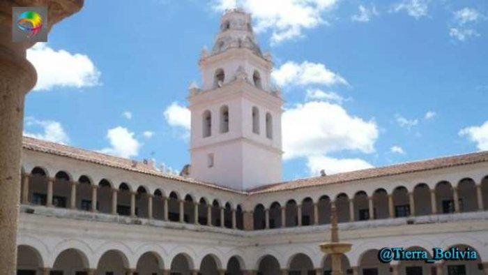 Insólito: universidad de Sucre declara asueto para el lunes por el Día del Hombre